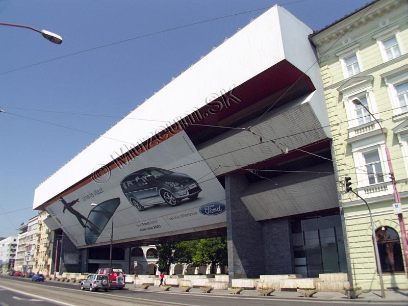 https://www.muzeum.sk/portals_pictures/i_004911/i_4911371.jpg